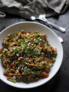 Spelt Salad with Spinach, Avocado, Bell Pepper and Carrot